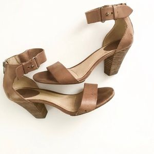 ** Frye ** brown leather ankle strap stacked heel
